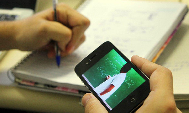 Internet e plataformas digitais podem contribuir para bom desempenho em Redação do Enem