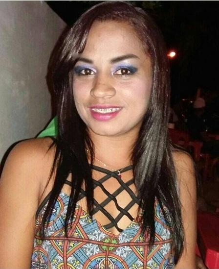 Mulher é assassinada com sete facadas pelo namorado em Castelo do Piauí