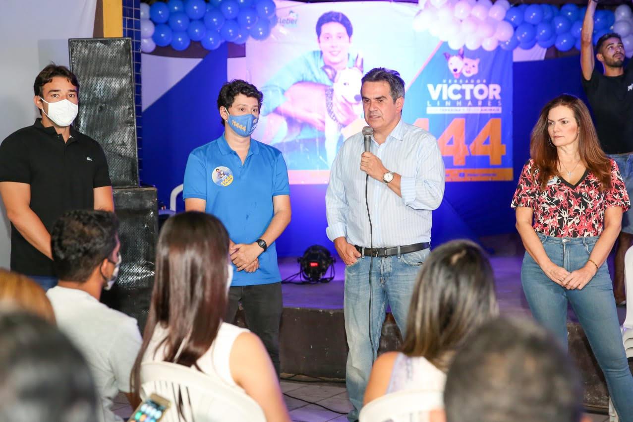 Victor Linhares é elogiado por parlamentares em reunião com apoiadores
